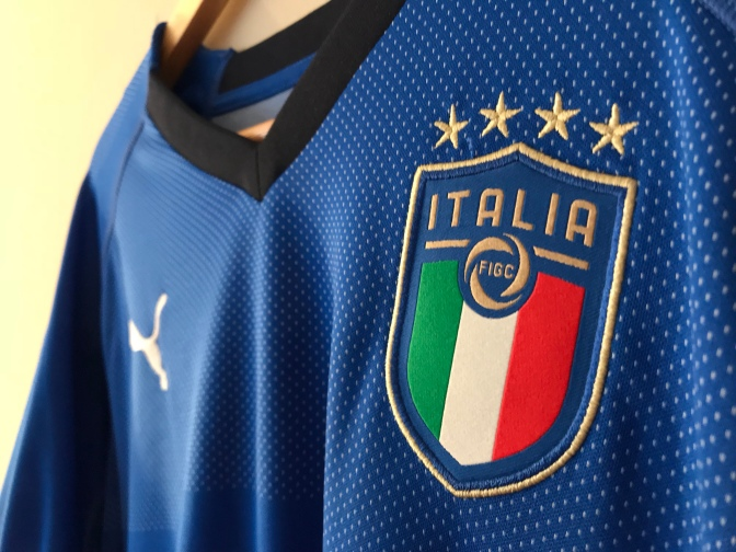 Puma Italy 2018 Home Kit Review